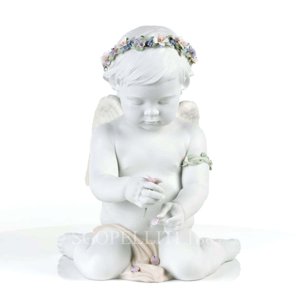Lladró Cherub Of Our Love Porcelain Figurine
