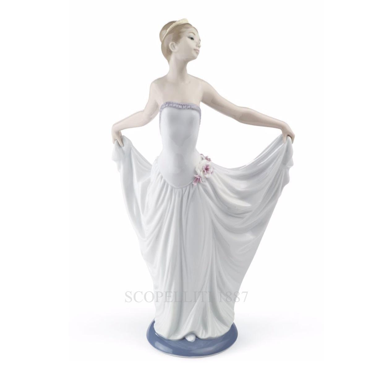 lladro ballet dancer porcelain figurine