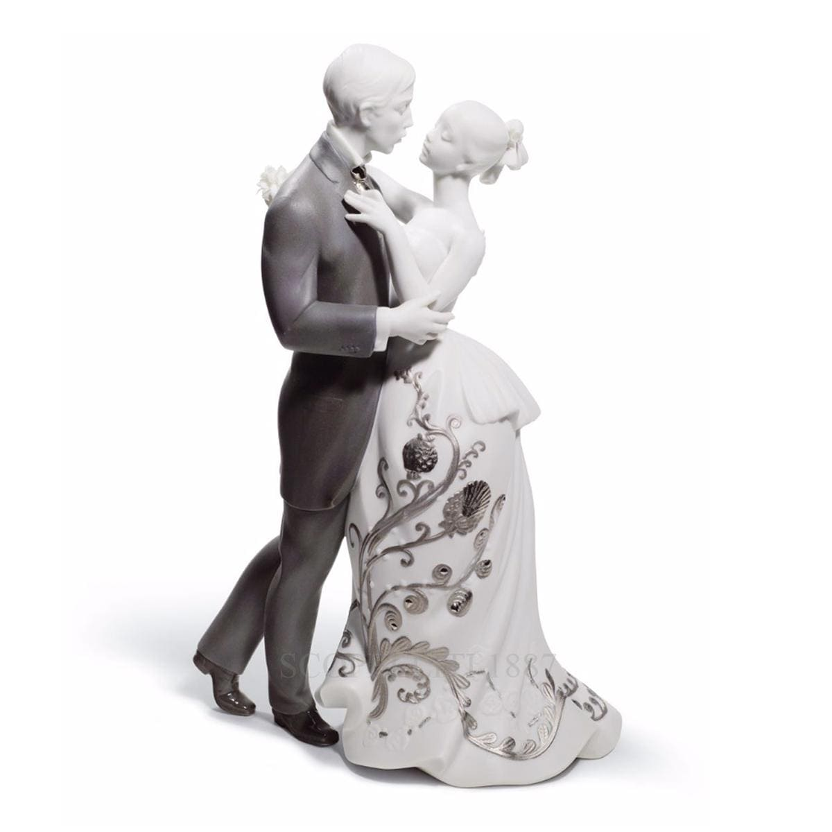 lladro lovers waltz porcelain figurine romantic
