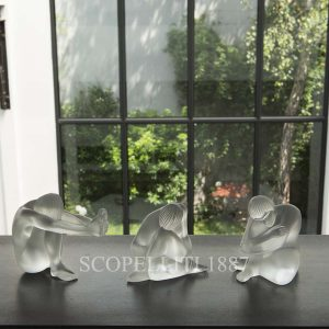 lalique nude dream sculpture1 1192800