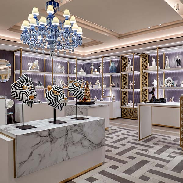 lladro collections store exposition