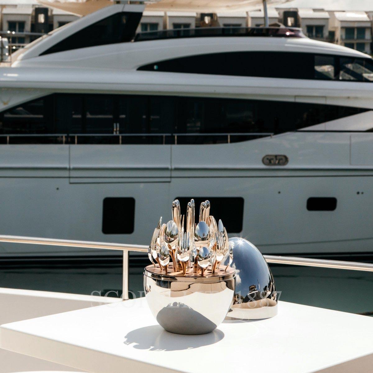 christofle mood on yacht