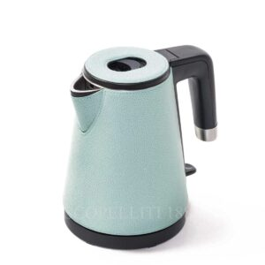 lille tettle in leather pigment