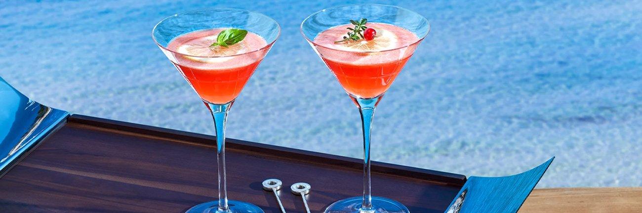 martini glasse on yachts